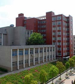 湖北生物科技职业学院