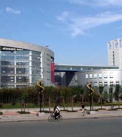 湖北青年职业学院
